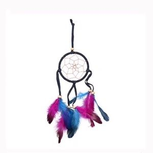 Feathered dreamcatcher 12 x 3 inch NWT